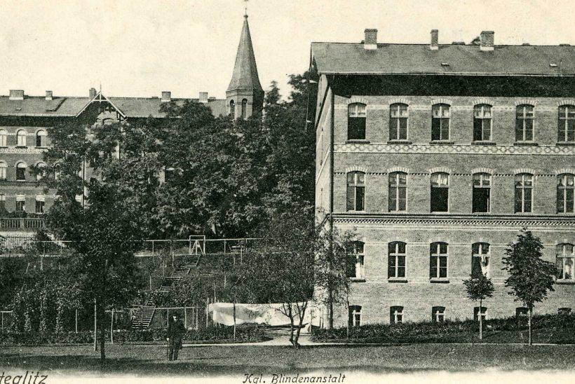 Man sieht die Gebäude des Blindenhilfswerkes Berlin e.V. vor 1915.